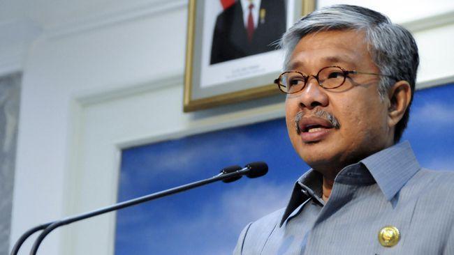 Ahli Hukum Pidana Adnan Pasilaja menyatakan KPK bisa menetapkan Nur Alam sebagai tersangka tanpa perlu meminta keterangan yang bersangkutan. (Dok. setkab.go.id)
