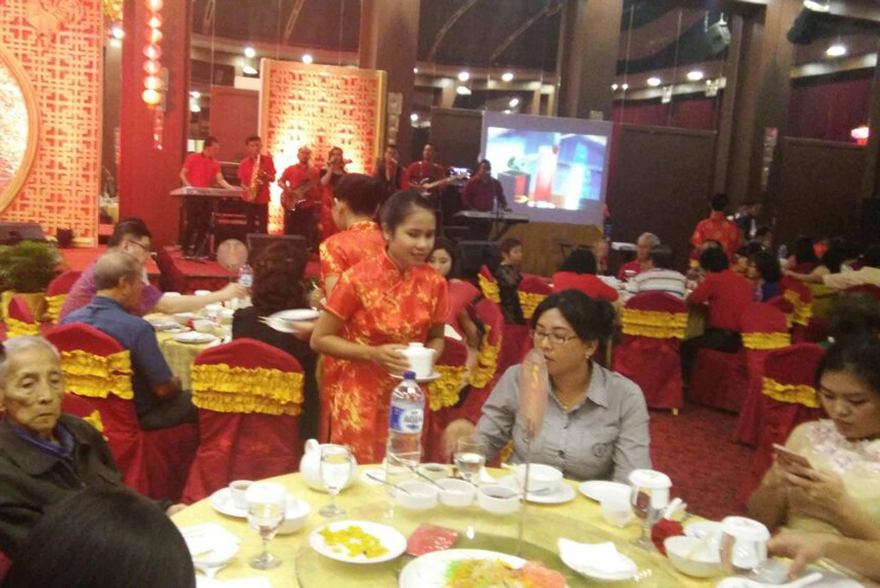 Suasana malam perayaan tahun baru Imlek di Hotel Horizon, Bandarlampung.  (Lampungnews/Davit)