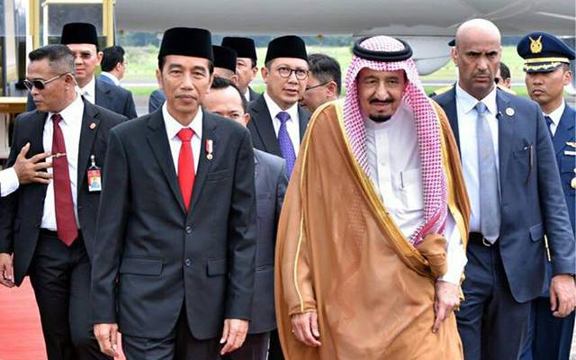 Presiden Joko Widodo dan Raja Salman. (Foto: Fanspage Presiden Joko Widodo/facebook)