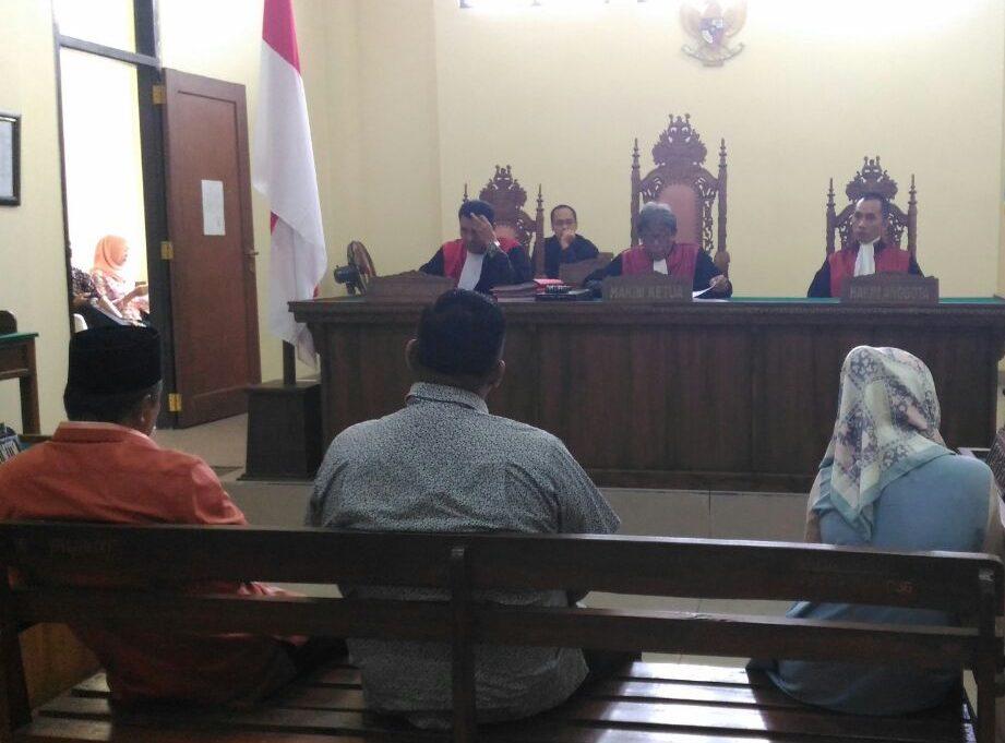 Sidang kasus pil happy five di PN Tanjungkarang. (Lampungnews/Davit)