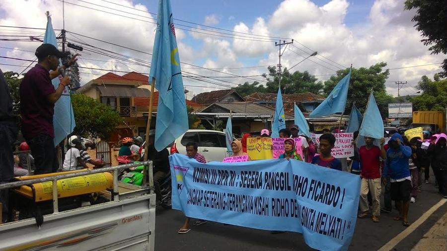 Peringati Hari perempuan internasional, Jaringan Kerakyatan(JK) Lampung meminta komisi III DPR RI menyegarakan memanggil M. Ridho Ficardo jika Gubernur Lampung tersebut terbukti melecehkan Sinta Melyati.