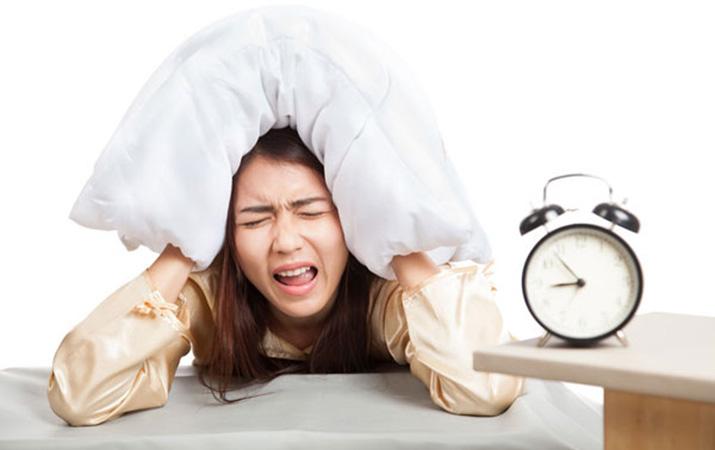 Ilustrasi wanita kurang tidur (analisadaily.com)