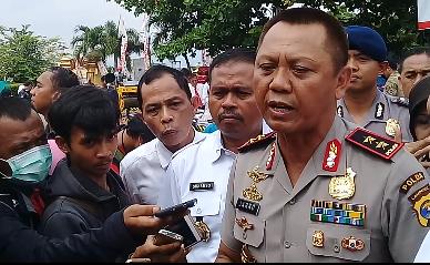 Kapolda Lampung Irjen Pol Sudjarno saat memeberikan keterangan pada aawak mediadi Mapolda Lampung. (Adam)