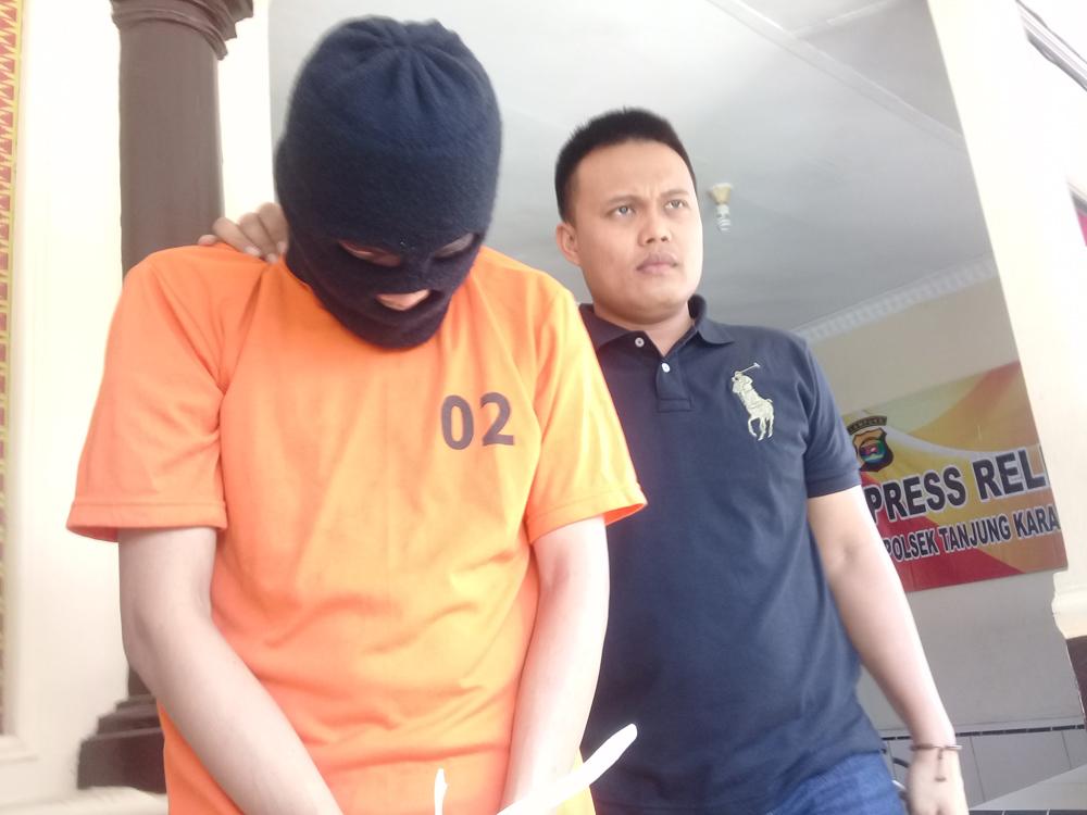 Tersangka pencuri di Ibndomaret Ditangkap polisi (Lampungnews/Adam)