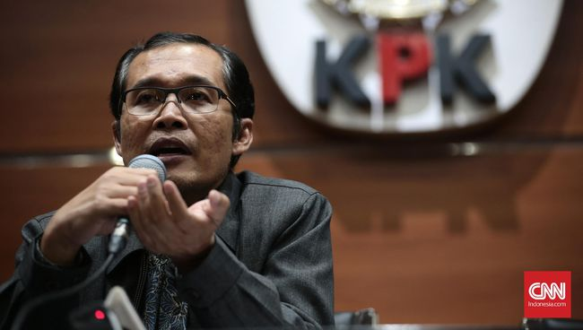 Wakil Ketua KPK Alexander Marwata mengatakan, KPK akan mendalami dugaan pencucian uang dalam korupsi e-KTP.