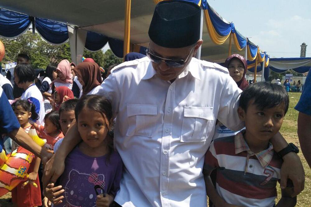 Mustafa saat menghadiri pengukuhan tim rtelawan di Bandarlampung (Lampungnews/Davit)