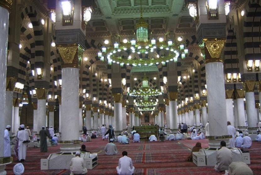 Masjid Nabawi (Ist)