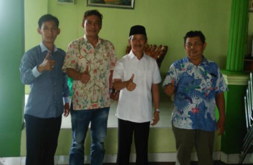 Ketua Tim Pemenangan Ridho-Bachtiar Temui Sujadi di Pringsewu