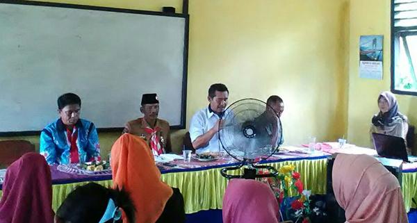 rapat Dewan Komite Sekolah (DKS).