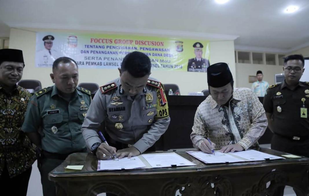 Penandatanganan Nota Kesepahaman Pengawasan Dana Desa (Kominfo Ls)