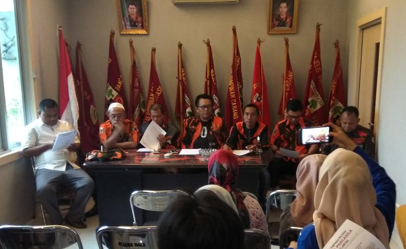 Pengurus MPW Pemuda Pancasila menggelar konferensi Pers di Gedung MPW Pemuda Pancasila, Bandar Lampung. (Cris)
