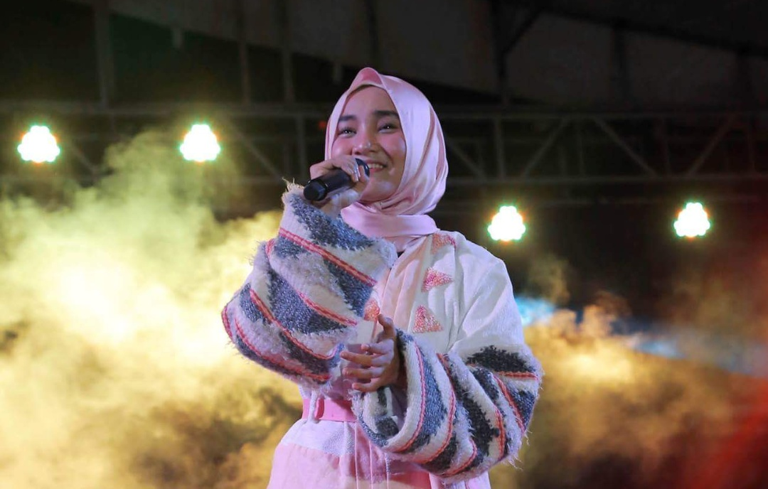 Aksi Fatin Sidqia Lubis pada acara Lamsel Fair 2018 (diskominfo)