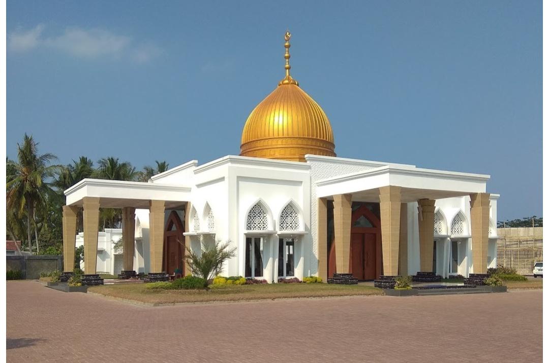 Masjid Mewah Milik Zainudin Ini Dibangun dengan Uang Haram, Ini Kata Ulama