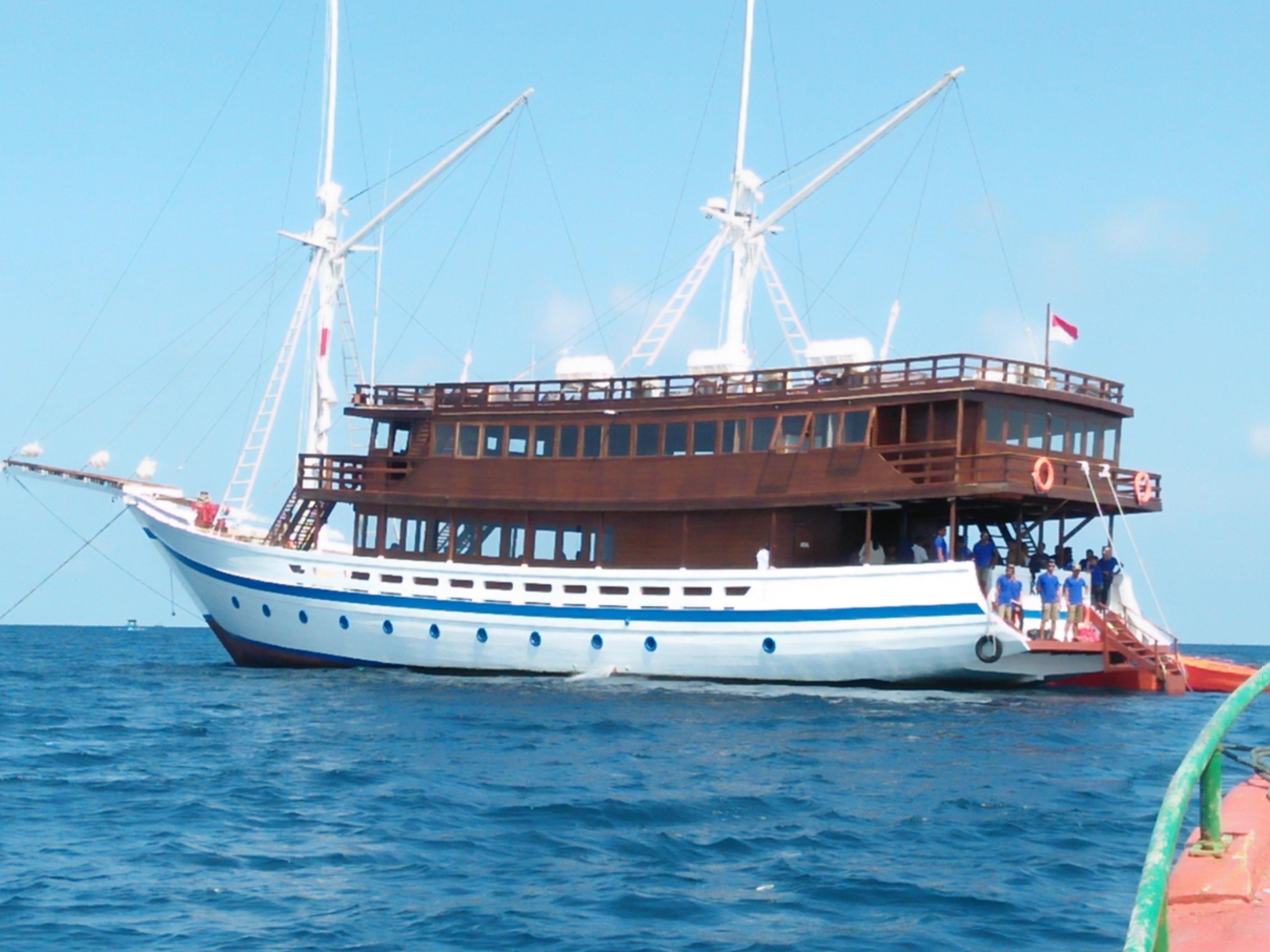 Trizara Resort Luncurkan Perjalanan Wisata Bahari dengan Kapal Phinisi